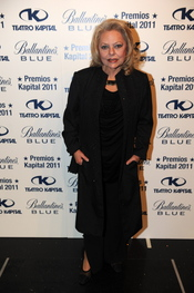 Maira Gómez Kemp posando en los Premios Kapital 2011