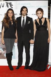 Estrella Morente y Javier Conde en la premiere de 'Morente. El barbero de Picasso'