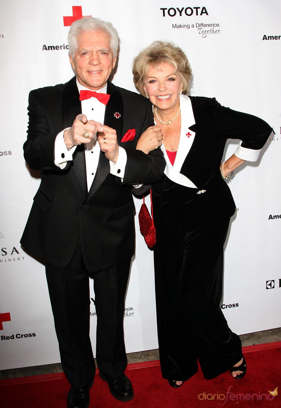 Bill y Susan Seaforth Hayes en la gala 2011 de la Cruz Roja Americana