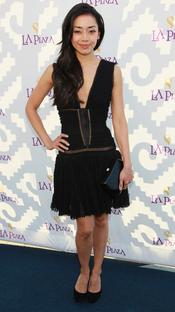 La actriz Aimee Garcia en la Gala Inaugural de la Plaza de la Cultura y las Artes