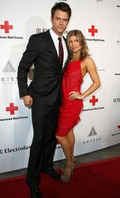 Josh Duhamel y Fergie en la gala 2011 de la Cruz Roja Americana