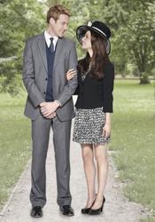 Los actores del biopic Will & Kate pasean por los jardines