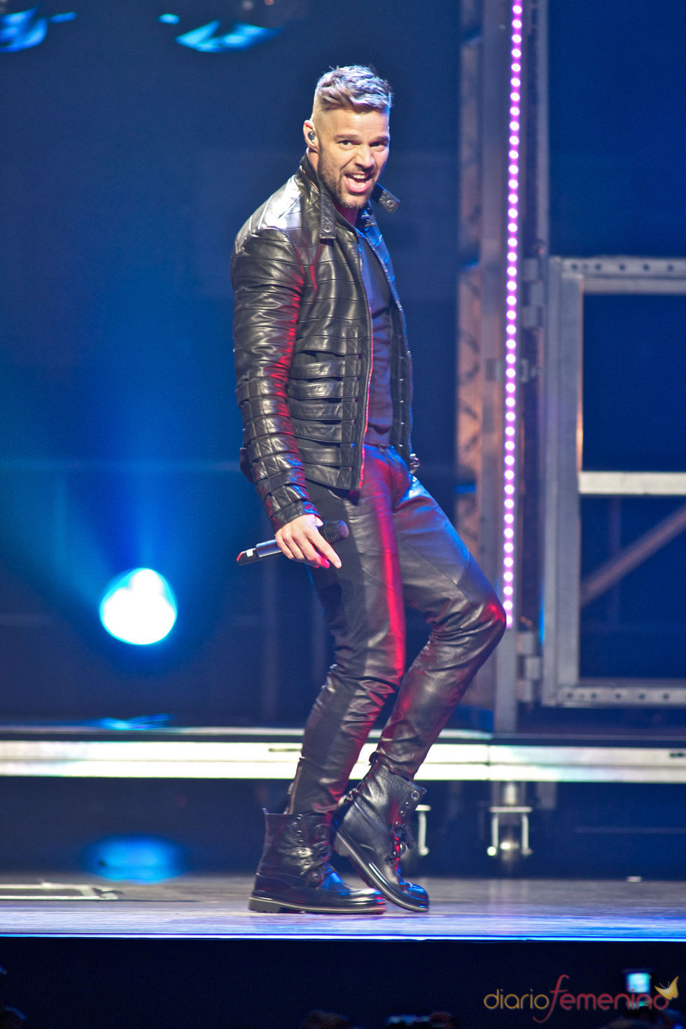 Ricky Martin actuando en su concierto en Miami