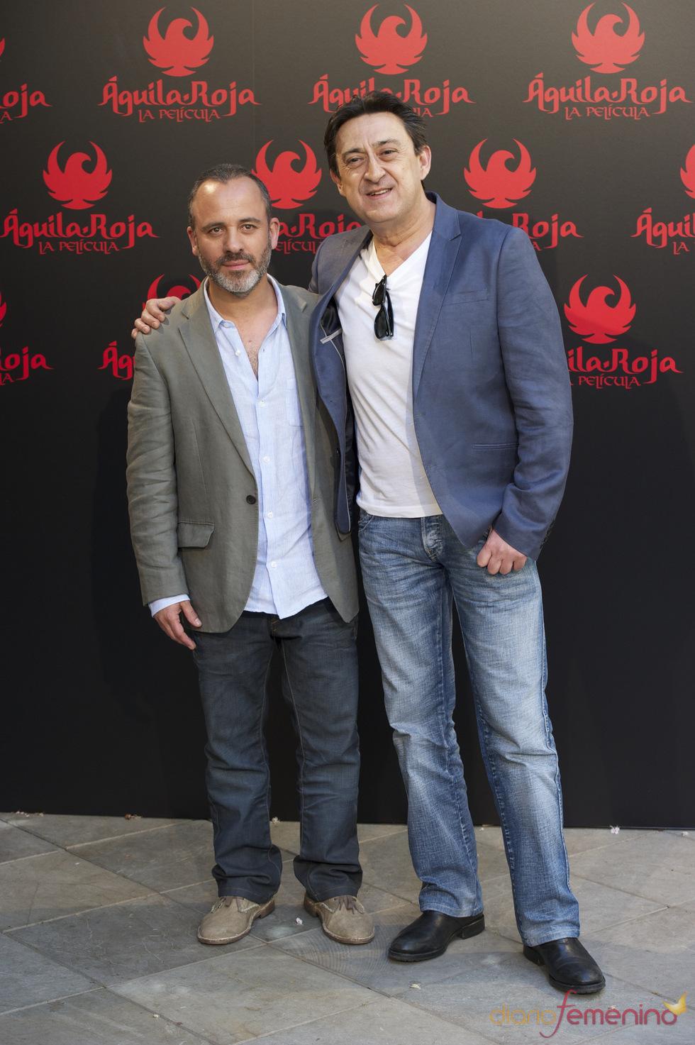 Mariano Peña y Javier Gutierrez en la presentación de 'Águila Roja, la película'