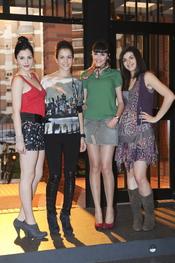 Andrea Duro, Sandra Blázquez, Lucía Ramos y Lorena Mateo en la presentación de la séptima temporada de 'Física o química'
