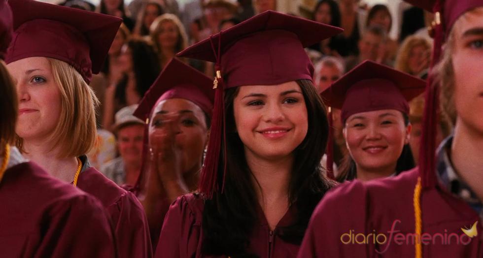 Selena Gómez graduándose en 'Monte Carlo'