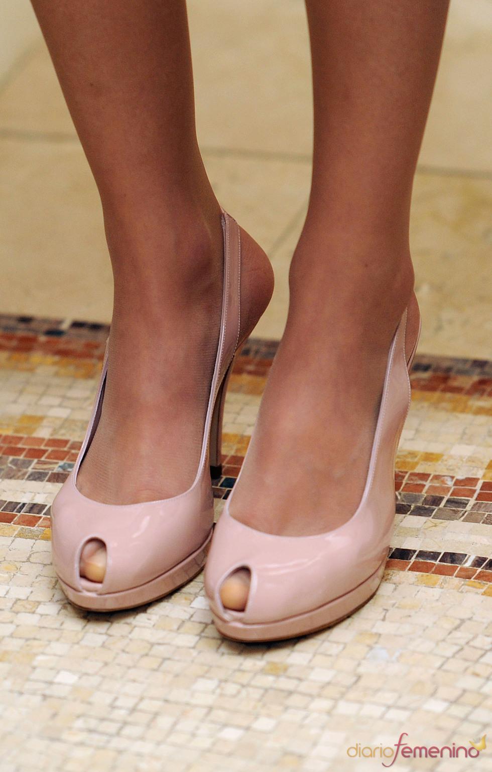 Los zapatos de la Princesa Letizia en el almuerzo con los Reyes de Jordania