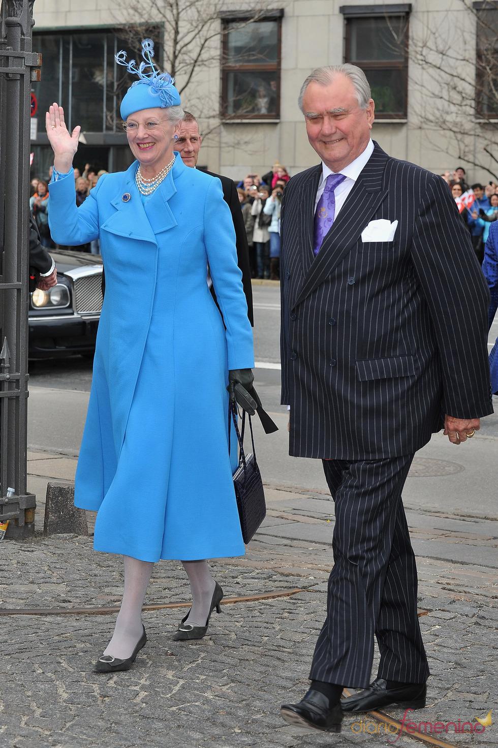 La reina Margarita II de Dinamarca y el Príncipe Enrique