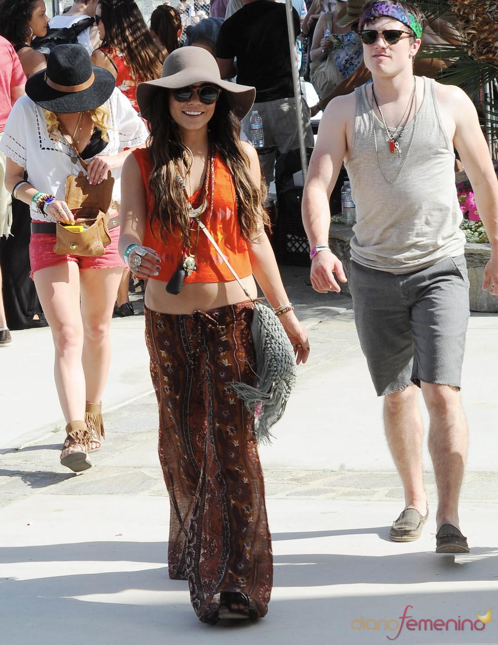 El look de Vanessa Hudgens en el Festival Coachella 2011