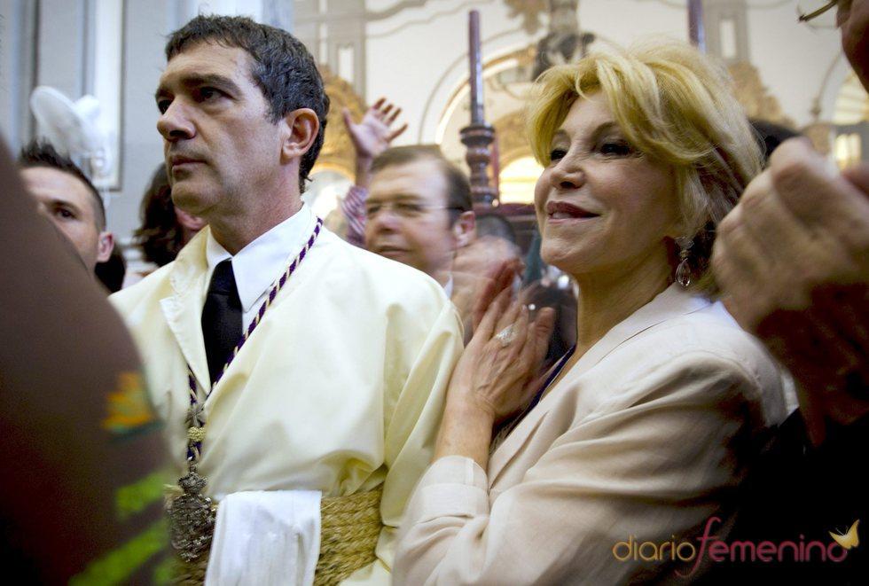 Antonio Banderas y la baronesa Carmen Thyssen en la Semana Santa de Málaga