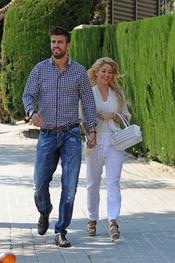 Shakira y Gerard Piqué pasen su amor por Barcelona