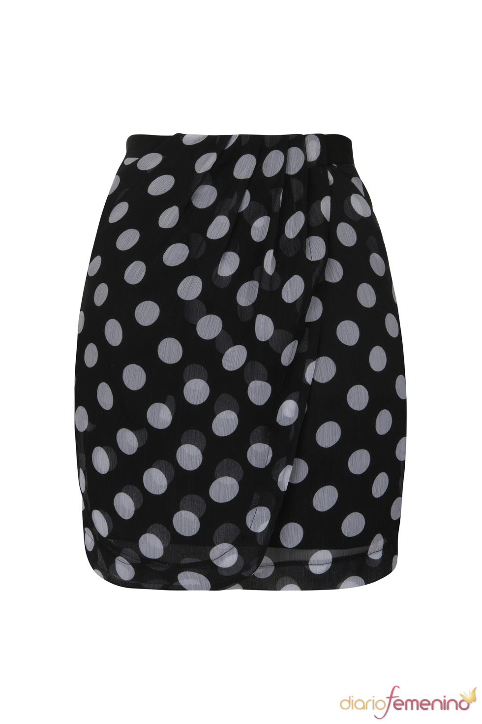 Falda de lunares de la colección de primavera 2011 de Blanco