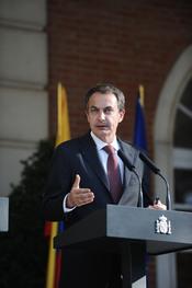 Zapatero ha sido elegido como uno de los 20 hombres más elegantes