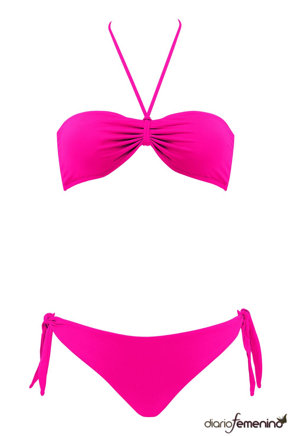 Bikini fucsia se la colección de Goldenpoint para el verano 2011