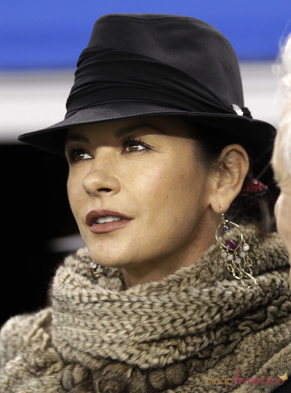 Catherine Zeta Jones en la Super Bowl en febrero de 2011