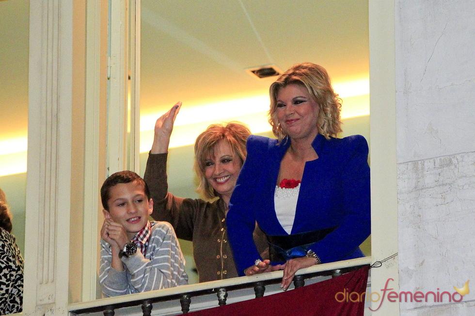 Maria Teresa Campos y su hija Terelu disfrutan de la Semana Santa de Málaga