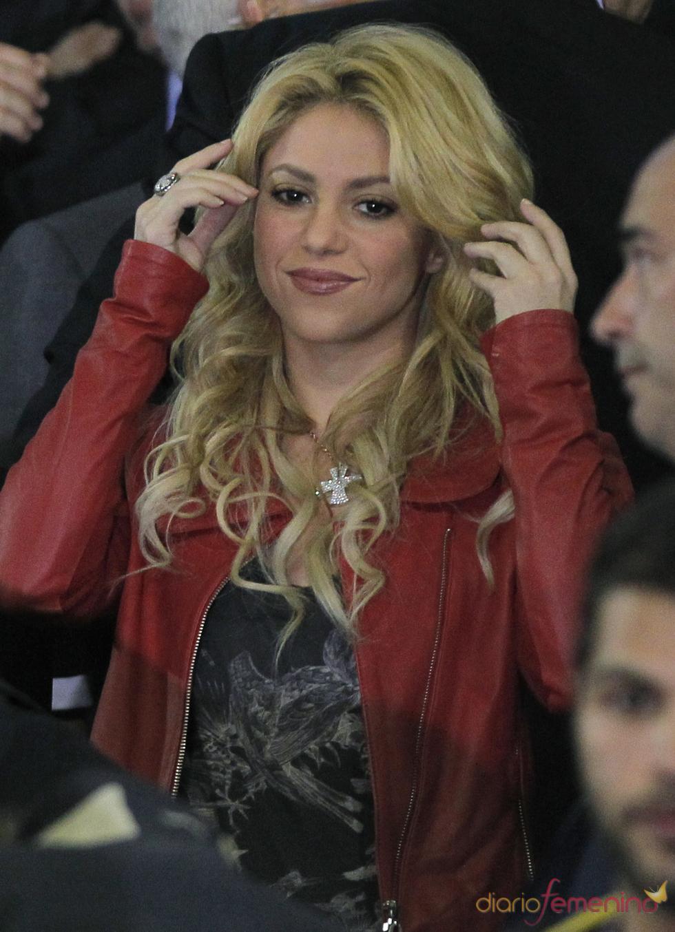 Shakira en el palco de Mestalla durante el Real Madrid - Barcelona