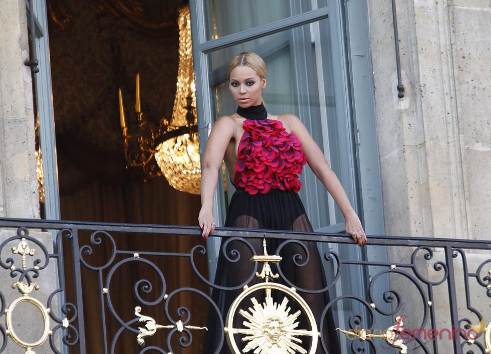 Beyoncé posa espectacular para 'Harper's Bazar'