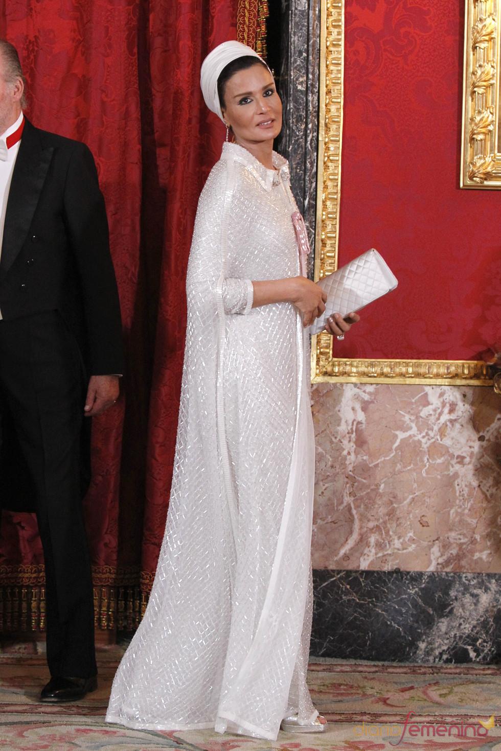 Mozah Bint Nasser en la cena de gala ofrecida en honor de su visita