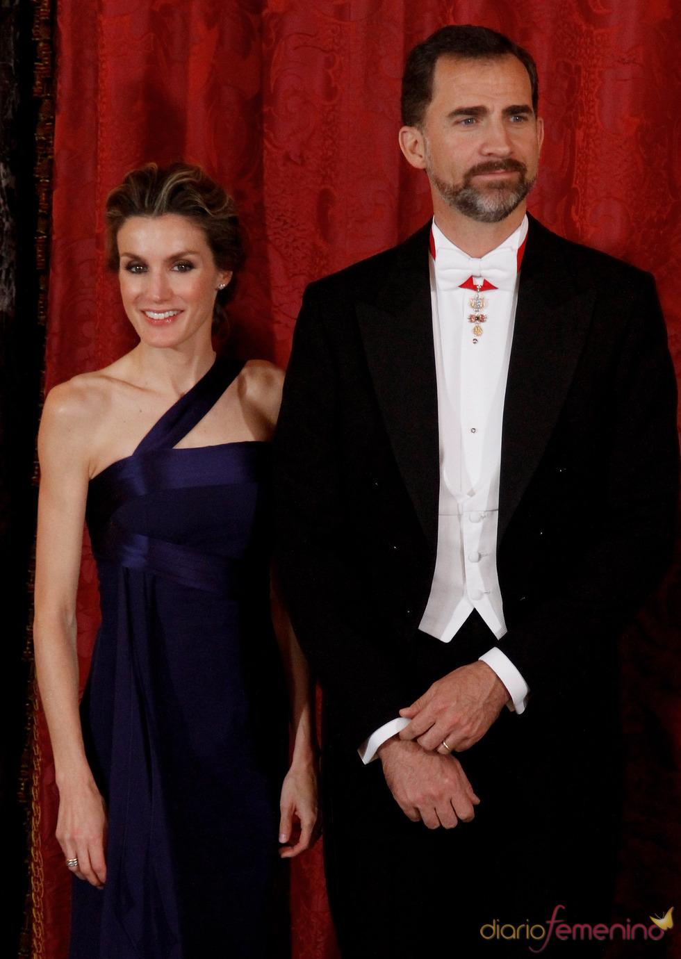 Los Príncipes de Asturias en la cena de gala en honor al emir de Qatar