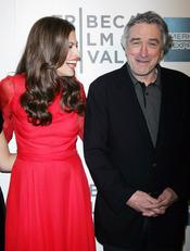Eva Mendes y Robert de Niro presentan 'Last night' en el Festival de Tribeca