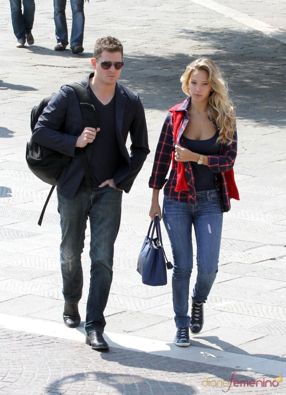 Michael Buble y Luisana Lopilato paseando por Venecia