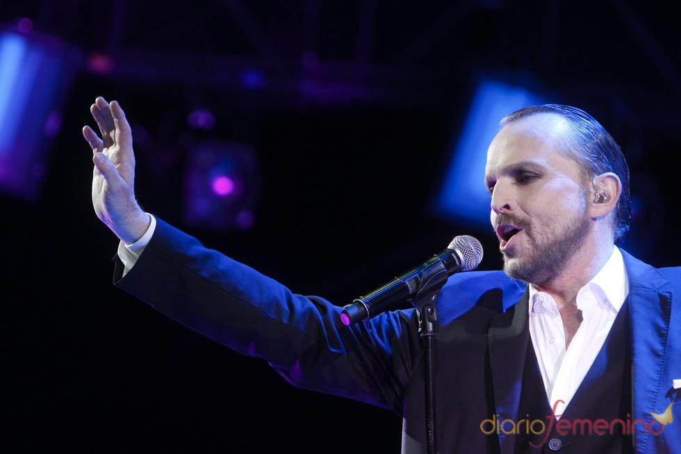 Miguel Bosé durante un concierto de su 'Cardio Tour'