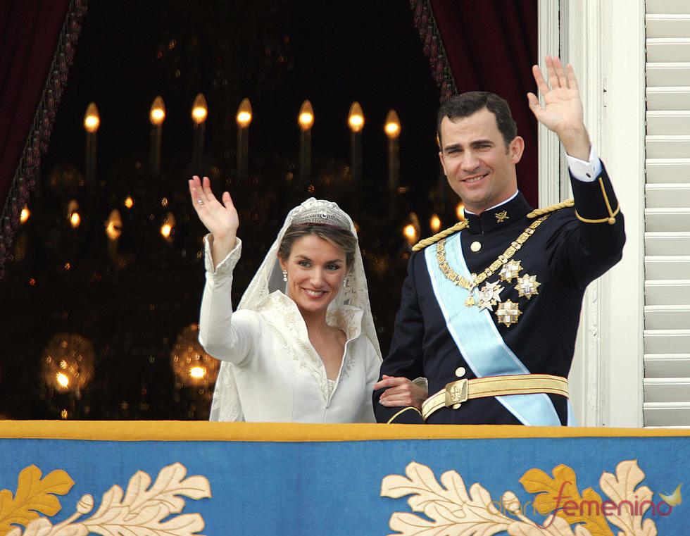 Letizia Ortiz y el Príncipe Felipe el día de su boda