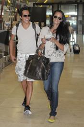 Shaila Dúrcal y su marido Dorio rumbo a Ibiza