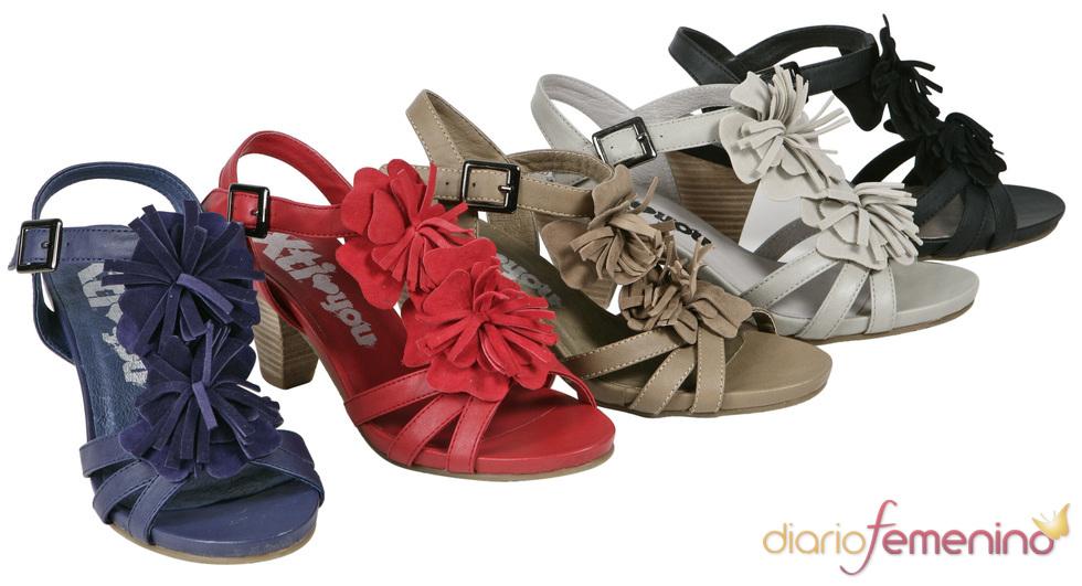 Colección Xti de sandalias de colores para la primavera/verano 2011