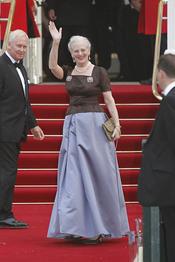 La Reina Margarita de Dinamarca en la cena pre-boda real de Inglaterra