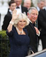 Carlos de Inglaterra y Camilla Parker Bowles llegan a la cena pre-boda real de Inglaterra