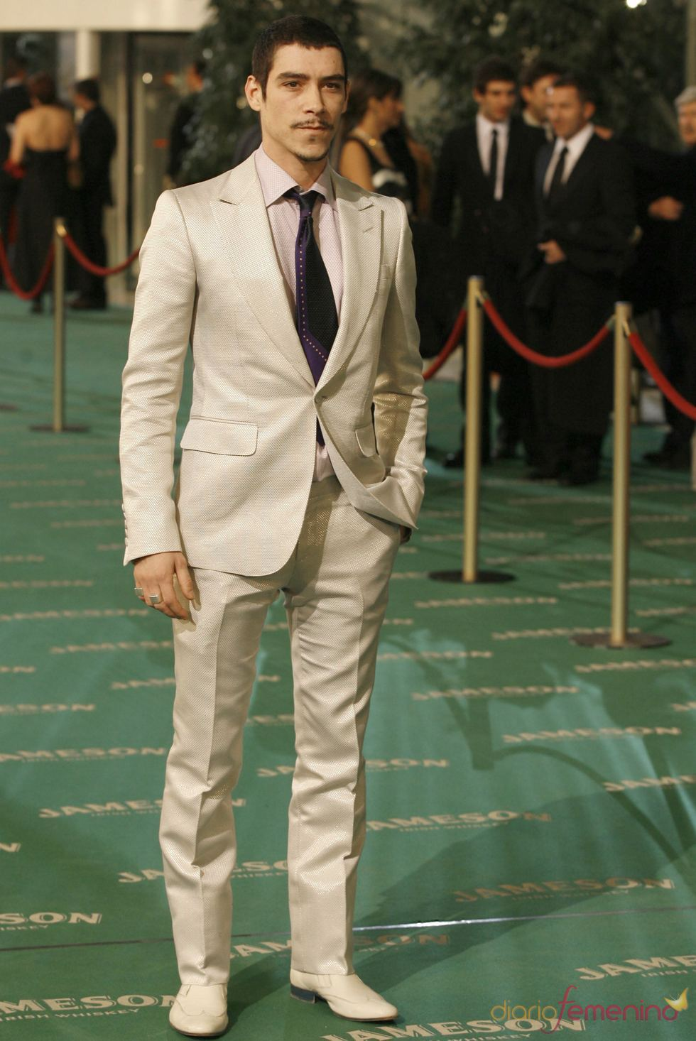 Óscar Jaenada esperando rodar la película sobre Cantinflas