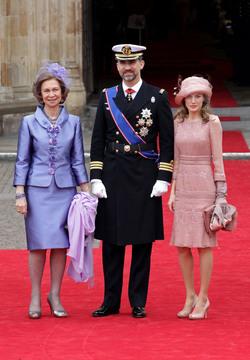 La reina Sofía, espectacular de malva
