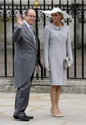 Alberto de Mónaco y su prometida Charlene Wittstock en la Boda Real de Inglaterra