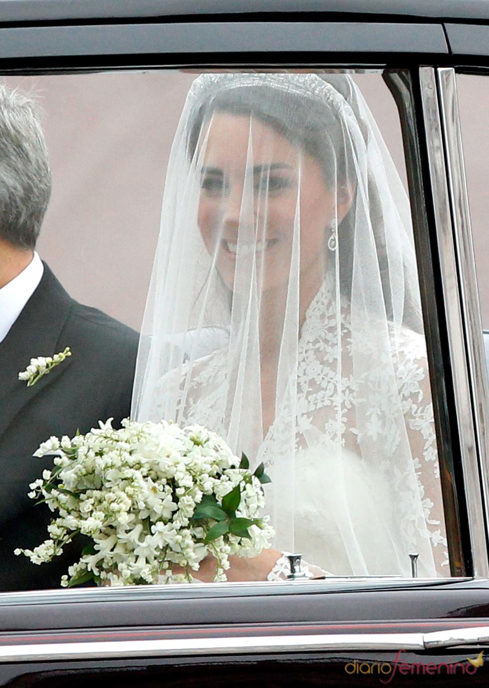Kate Middleton, nerviosa durante el camino hacia la Abadía de Westminster
