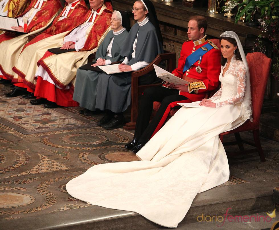 Momento de relax para Guillermo de Inglaterra y Kate Middleton en su boda