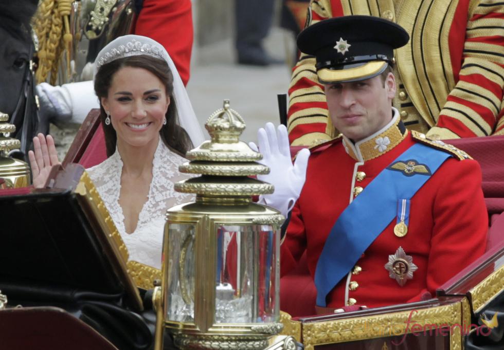 Guillermo de Inglaterra y Kate Middleton como marido y mujer