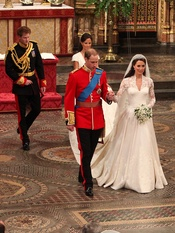 Harry y Pippa tras Guillermo y Kate Middleton salen de la Abadía de Westminster