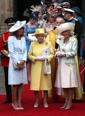 Carole Middleton, la Reina Isabel II de Inglaterra y Camilla Parker Bowles