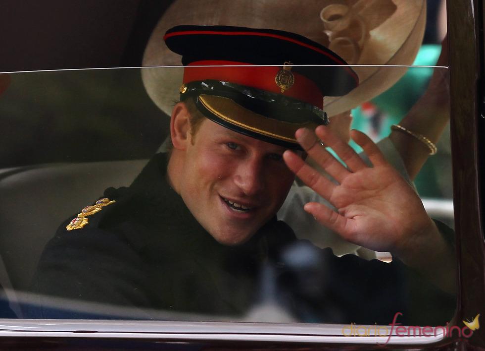 El Príncipe Harry a su salida de Buckingham Palace