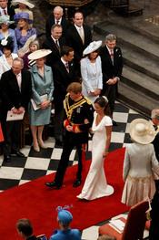 Pippa Middleton y el Príncipe Harry a la salida de la Abadía de Westminster