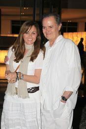 Carmen Morales y su padre Junior en la fiesta ibicenca antes de su boda