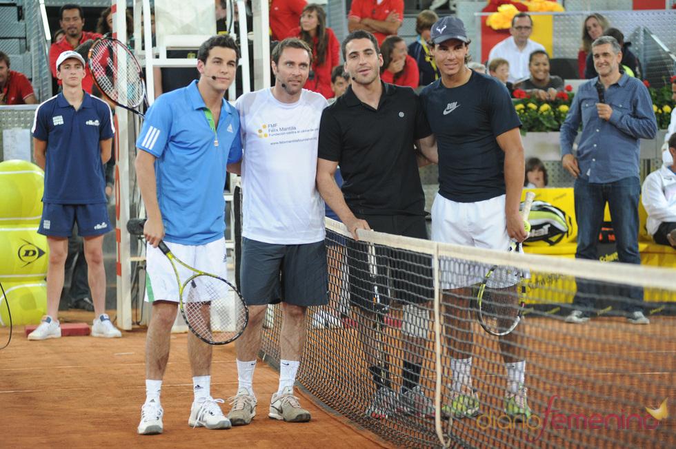 Rafa Nadal, Mario Casas y Miguel Ángel Silvestre en el partido solidario de Caja Mágica