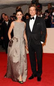 Colin Firth y su esposa en la gala Costume en el Museo Metropolitano de Arte