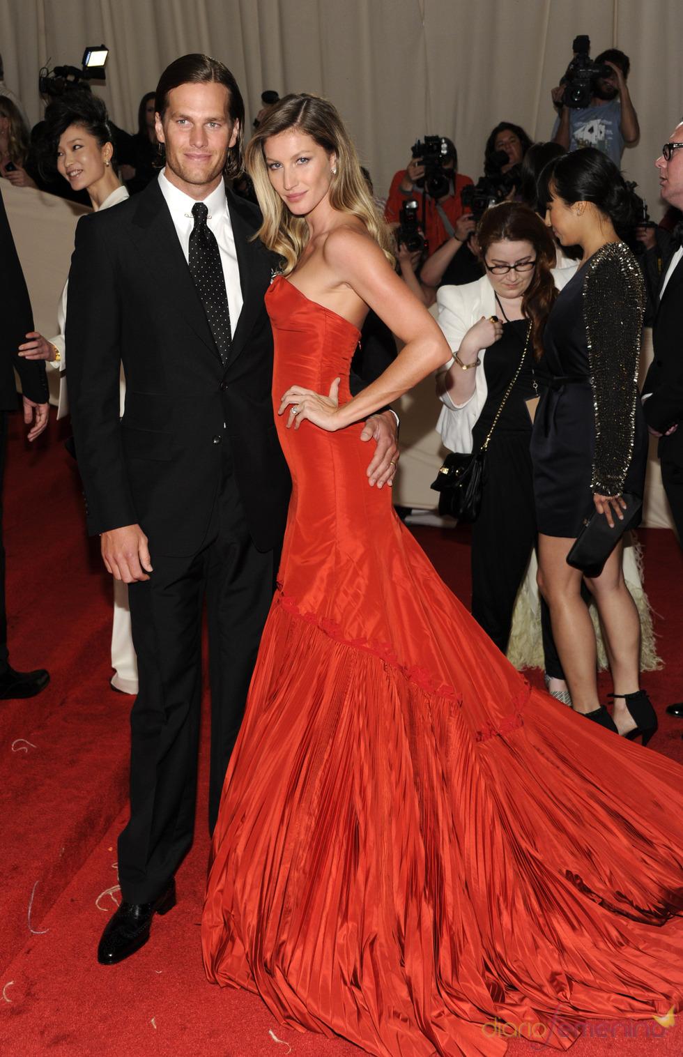 Tom Brady y Gisele Bündchen en la gala Costume en el Museo Metropolitano de Arte