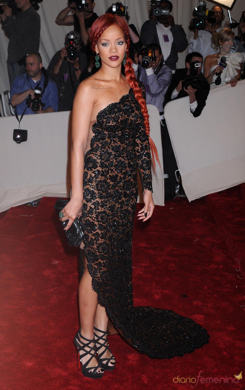 Rihanna en la gala Costume en el Museo Metropolitano de Arte
