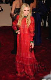 Mary Kate Olsen en la gala Costume en el Museo Metropolitano de Arte