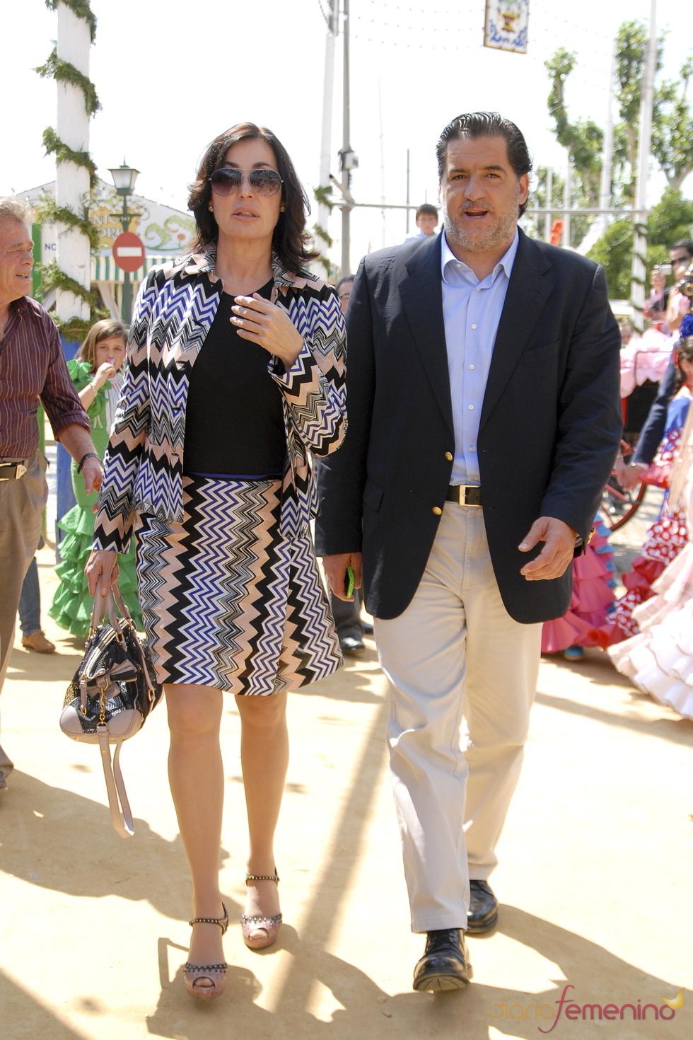 Carmen Martínez Bordiú y José Campos en la Feria de Abril 2011