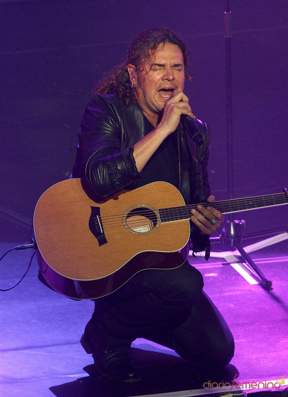 Fher Olvera durante un concierto de Maná en Madrid